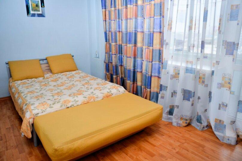 2-комн. квартира, 57 кв.м. на 4 человека, улица Цвиллинга, 34, Челябинск - Фотография 17