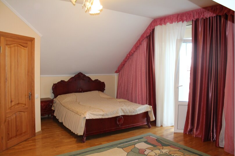 Дом, 150 кв.м. на 6 человек, 3 спальни, Виноградная улица, 9, Ялта - Фотография 9
