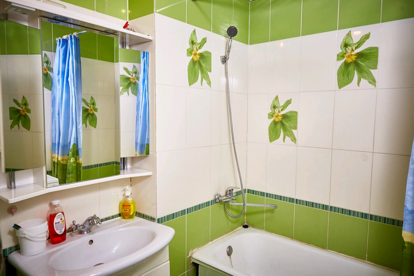 2-комн. квартира, 55 кв.м. на 4 человека, улица Пухова, 23А, Калуга - Фотография 8