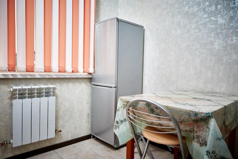 2-комн. квартира, 37 кв.м. на 4 человека, переулок Каракозова, 10, Калуга - Фотография 5
