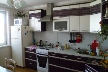Сдам коттедж, 115 кв.м. на 8 человек, 3 спальни, Байкальская, 46а, Байкальск - Фотография 1