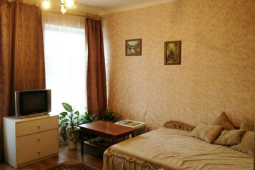 1-комн. квартира, 28 кв.м. на 2 человека, улица Циолковского, 30, Новокузнецк - Фотография 1
