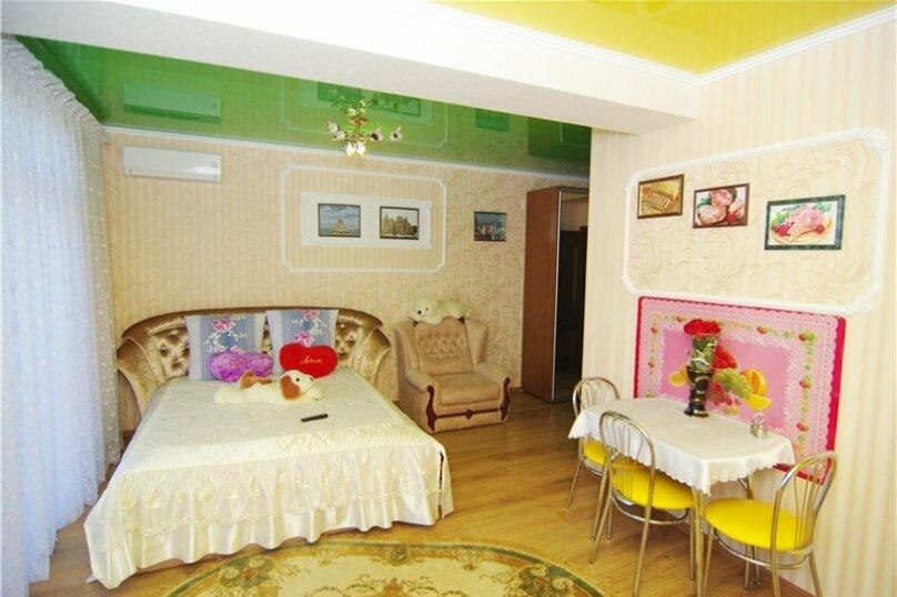 1-комн. квартира, 42 кв.м. на 3 человека, улица Саранчева, 34, Алушта - Фотография 1