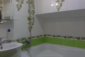 2-комн. квартира, 30 кв.м. на 4 человека, Боткинская свой двор, 21, Ялта - Фотография 2