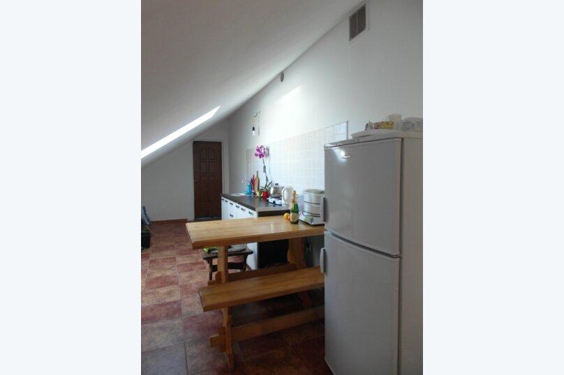 Дом, 100 кв.м. на 8 человек, 3 спальни, Ольховская улица, 30, Кисловодск - Фотография 4
