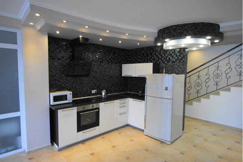 Резиденция , 350 кв.м. на 24 человека, 6 спален, Зеленая улица, 23А, Архипо-Осиповка - Фотография 9