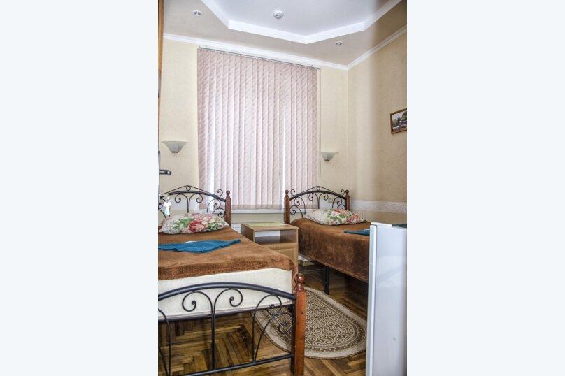 """Гостевой дом """"На Чкалова 17"""", улица Чкалова, 17 на 8 номеров - Фотография 2"""