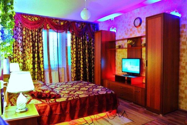 2-комн. квартира, 65 кв.м. на 6 человек, Московский микрорайон, 20, Иваново - Фотография 1