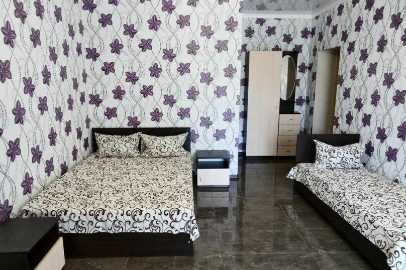 """Мини-отель """"Малибу"""", улица Листовничей, 6а на 7 номеров - Фотография 11"""