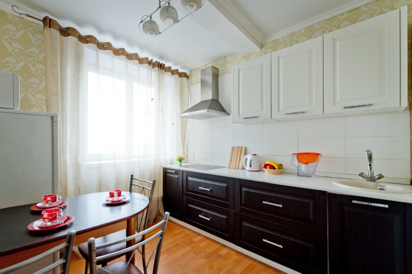2-комн. квартира, 60 кв.м. на 4 человека, проспект Ленина, 38/179, Челябинск - Фотография 5