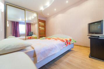 2-комн. квартира, 90 кв.м. на 6 человек, улица Монакова, 33, Центральный район, Челябинск - Фотография 3