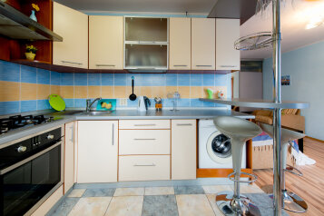 2-комн. квартира, 54 кв.м. на 4 человека, улица Энгельса, Челябинск - Фотография 4