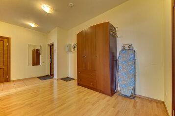 2-комн. квартира, 60 кв.м. на 6 человек, Коломяжский проспект, метро Пионерская, Санкт-Петербург - Фотография 2