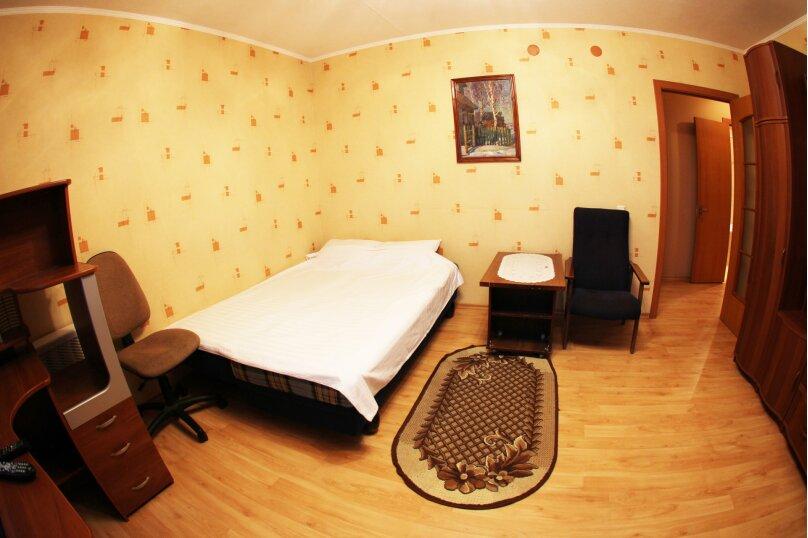 1-комн. квартира, 47 кв.м. на 3 человека, улица Михеева, 11А, Тула - Фотография 2