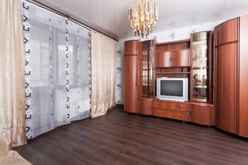 2-комн. квартира, 50 кв.м. на 2 человека, улица 78 Добровольческой Бригады, 4, Красноярск - Фотография 2