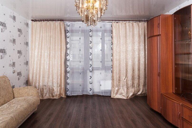 2-комн. квартира, 50 кв.м. на 2 человека, улица 78 Добровольческой Бригады, 4, Красноярск - Фотография 3