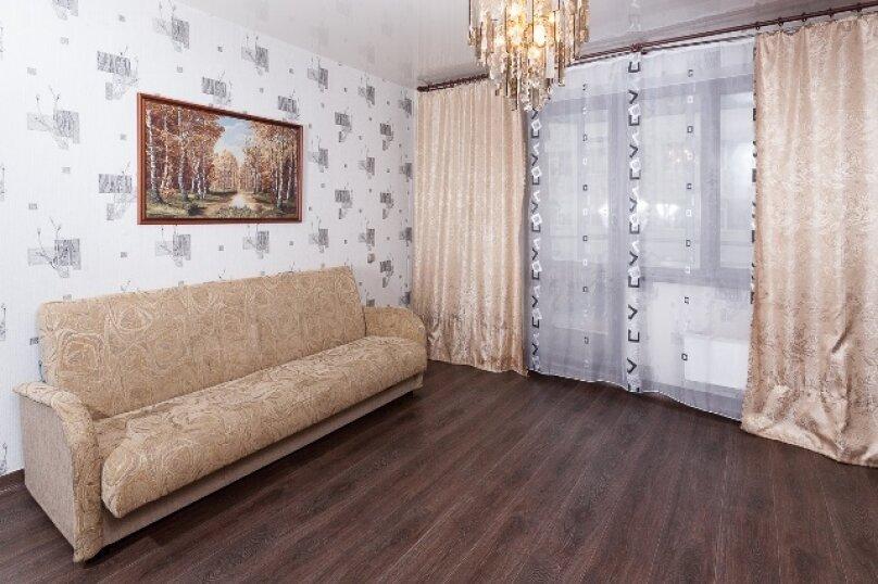 2-комн. квартира, 50 кв.м. на 2 человека, улица 78 Добровольческой Бригады, 4, Красноярск - Фотография 4