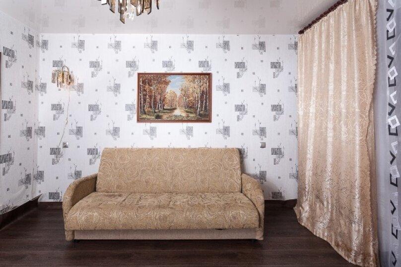 2-комн. квартира, 50 кв.м. на 2 человека, улица 78 Добровольческой Бригады, 4, Красноярск - Фотография 5
