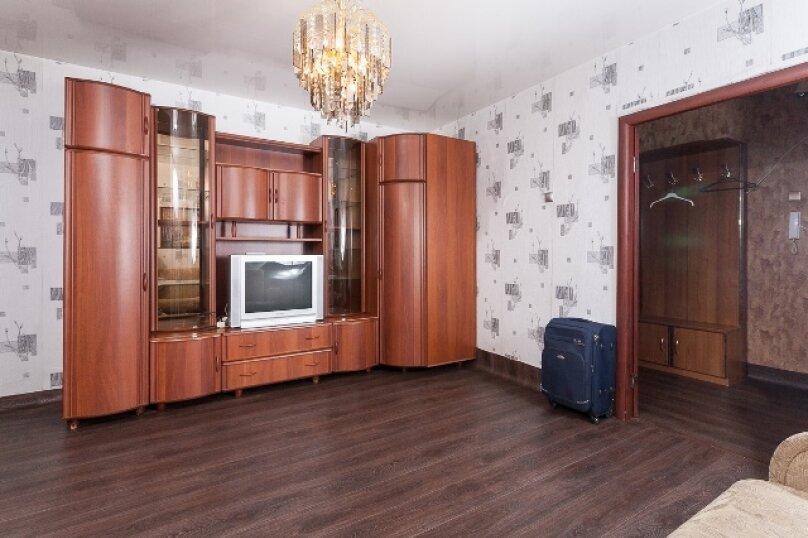 2-комн. квартира, 50 кв.м. на 2 человека, улица 78 Добровольческой Бригады, 4, Красноярск - Фотография 8