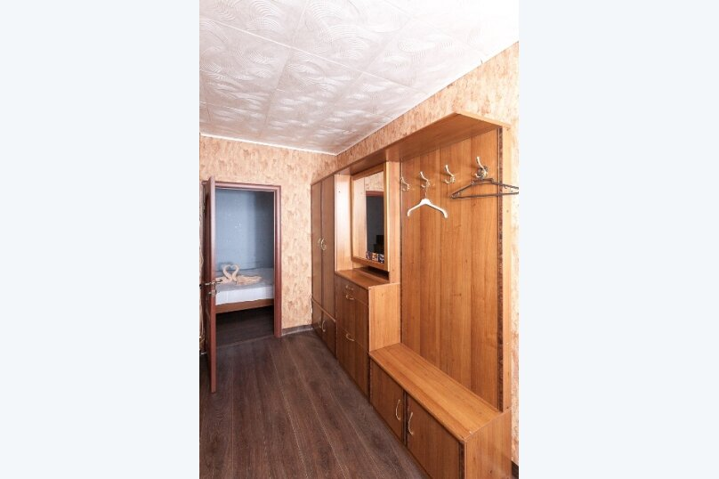 2-комн. квартира, 50 кв.м. на 2 человека, улица 78 Добровольческой Бригады, 4, Красноярск - Фотография 9