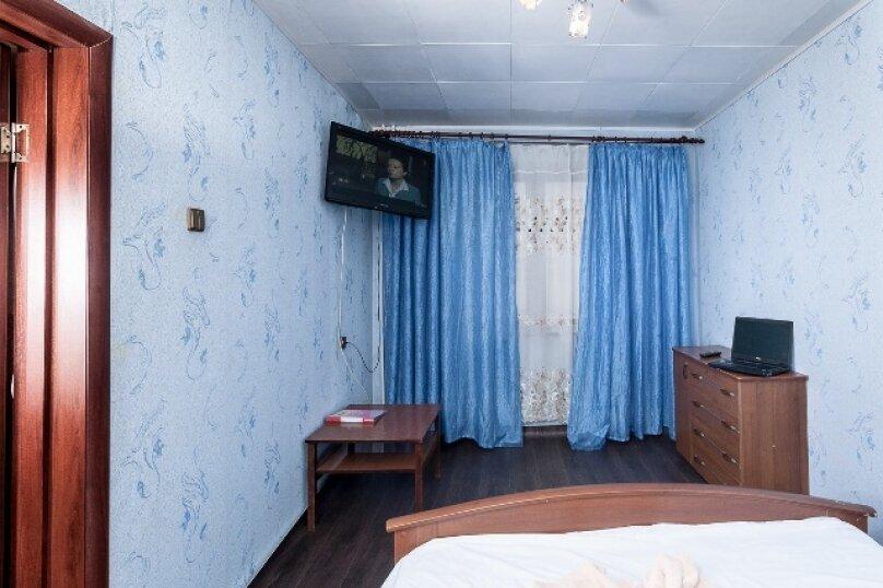 2-комн. квартира, 50 кв.м. на 2 человека, улица 78 Добровольческой Бригады, 4, Красноярск - Фотография 10