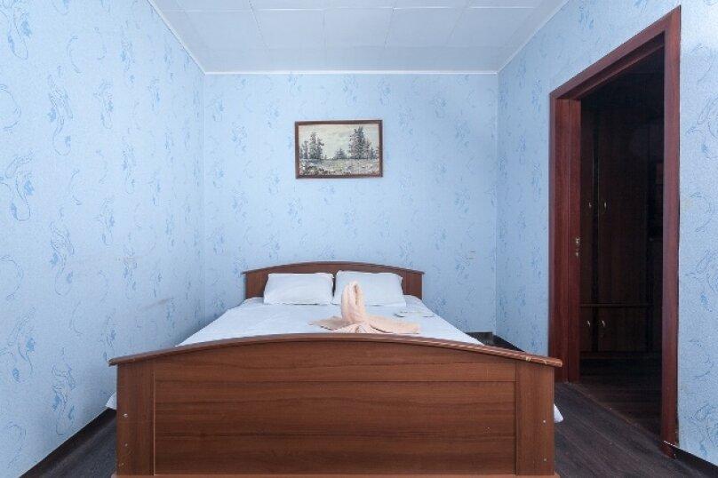 2-комн. квартира, 50 кв.м. на 2 человека, улица 78 Добровольческой Бригады, 4, Красноярск - Фотография 11