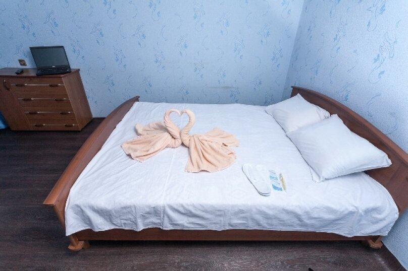 2-комн. квартира, 50 кв.м. на 2 человека, улица 78 Добровольческой Бригады, 4, Красноярск - Фотография 14