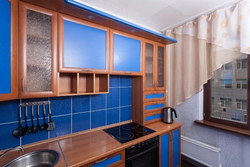 2-комн. квартира, 50 кв.м. на 2 человека, улица 78 Добровольческой Бригады, 4, Красноярск - Фотография 15