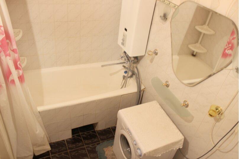 2-комн. квартира, 60 кв.м. на 4 человека, улица Мира, 13, метро Комсомольская, Волгоград - Фотография 4