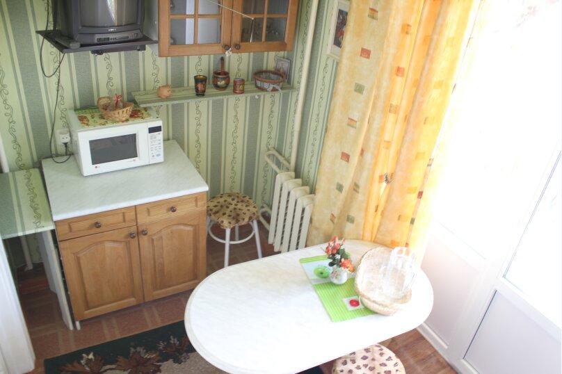 2-комн. квартира, 60 кв.м. на 4 человека, улица Мира, 13, метро Комсомольская, Волгоград - Фотография 7