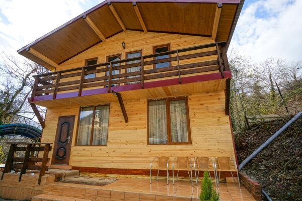 Дом с 3 спальнями на 7 человек, 150 кв.м. на 7 человек, 3 спальни, Скальная улица, 4, Адлер - Фотография 1