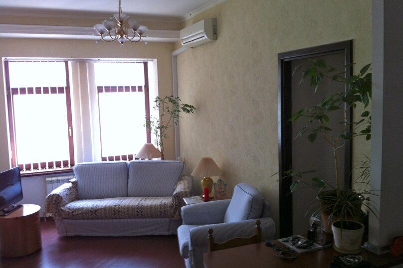 2-комн. квартира, 44 кв.м. на 3 человека, улица Игнатенко, 4, Ялта - Фотография 1