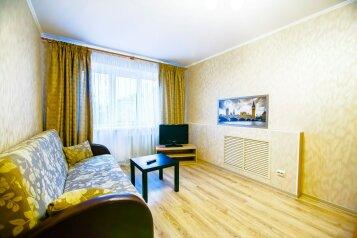 1-комн. квартира, 38 кв.м. на 4 человека, улица Анохина, 37, Петрозаводск - Фотография 2