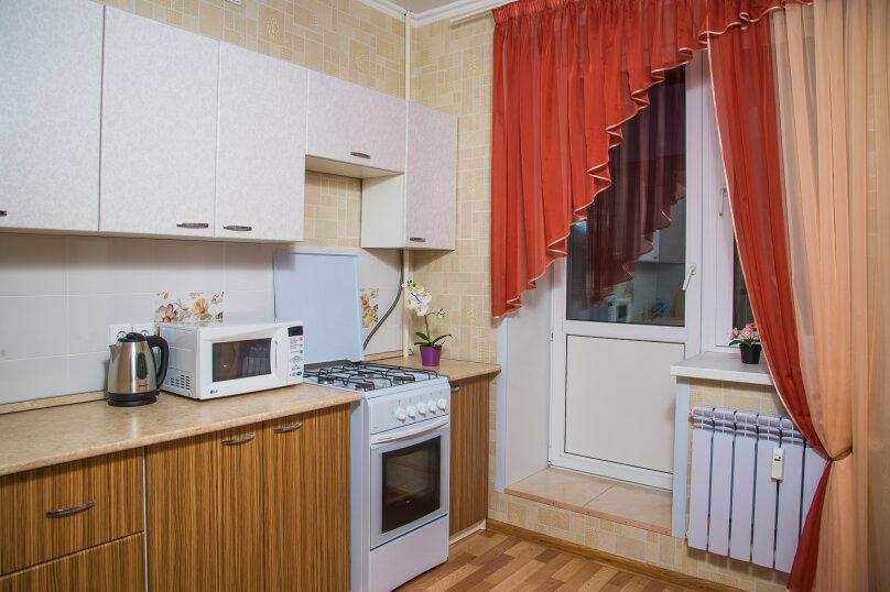 1-комн. квартира, 40 кв.м. на 4 человека, улица Сибгата Хакима, 5А, Казань - Фотография 7