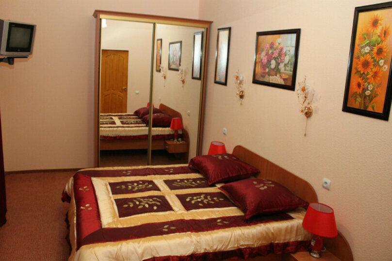 Отдельная комната, улица Маяковского, 24, Евпатория - Фотография 1