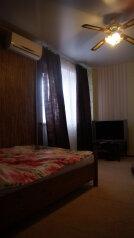 2-комн. квартира, 55 кв.м. на 6 человек, улица Ильича, Чехов - Фотография 2