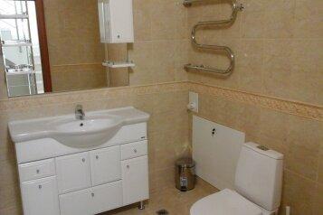 Дом, 300 кв.м. на 10 человек, 4 спальни, улица Белых Акаций, 1Б, Адлер - Фотография 2