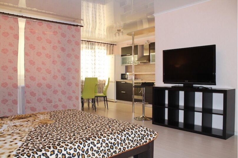 1-комн. квартира, 44 кв.м. на 2 человека, улица 50 лет Октября, 24, Тюмень - Фотография 3