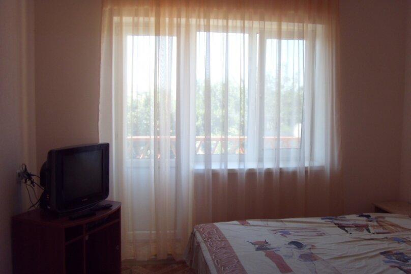 """Гостевой дом """"Хуторок у моря"""", Семеновка, 1025 на 4 комнаты - Фотография 8"""