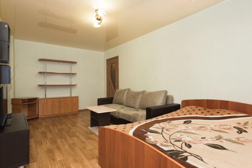 1-комн. квартира, 33 кв.м. на 4 человека, улица Крауля, 4, Екатеринбург - Фотография 2