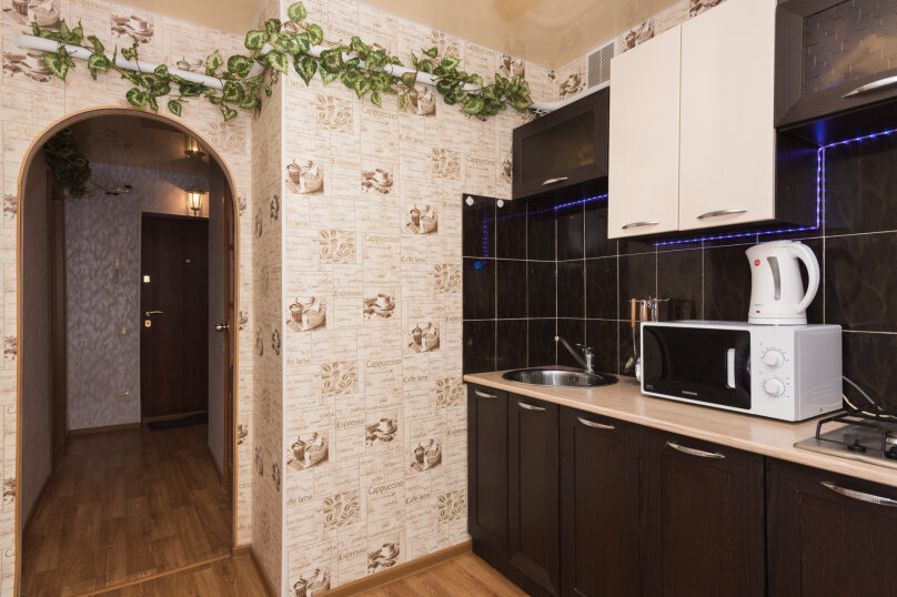 1-комн. квартира, 33 кв.м. на 4 человека, улица Крауля, 4, Екатеринбург - Фотография 5