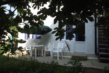 Дом, 60 кв.м. на 6 человек, 3 спальни, Заречная улица, Алушта - Фотография 1