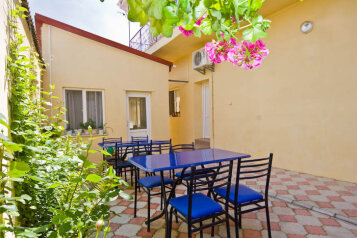 Мини гостиница, Симферопольская улица на 7 номеров - Фотография 2