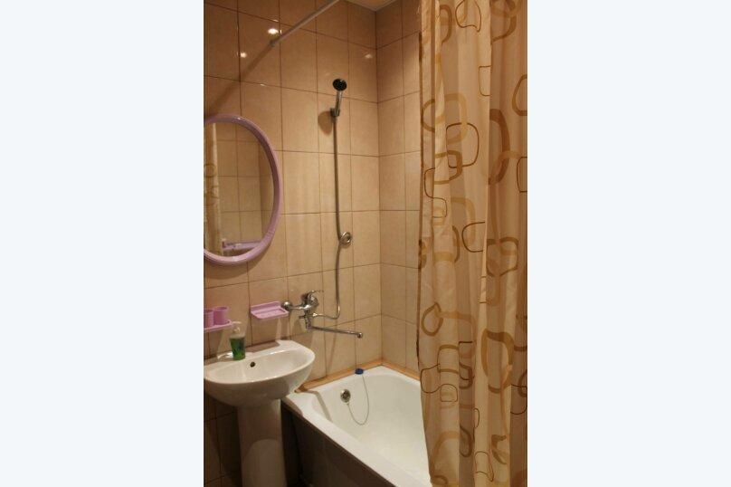 1-комн. квартира, 37 кв.м. на 4 человека, Магистральная улица, 47, Омск - Фотография 3