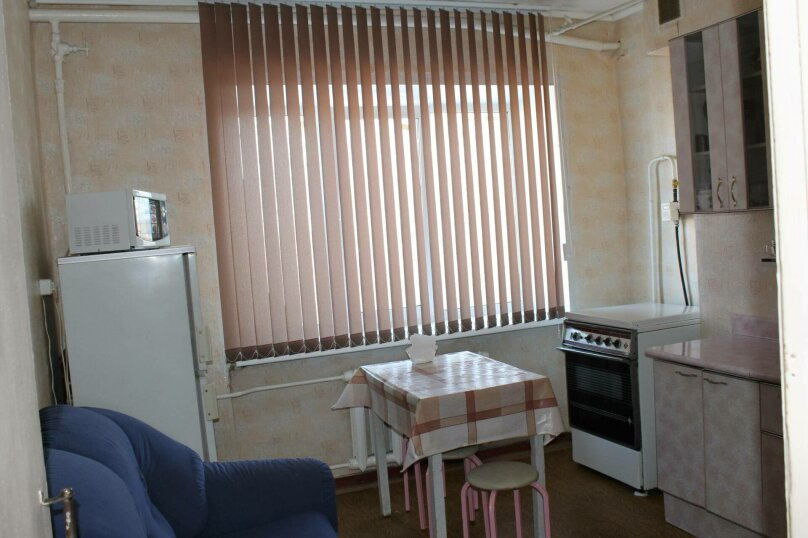 1-комн. квартира, 37 кв.м. на 4 человека, Магистральная улица, 47, Омск - Фотография 9