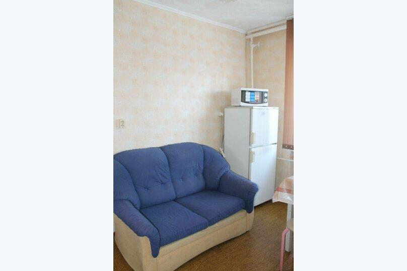 1-комн. квартира, 37 кв.м. на 4 человека, Магистральная улица, 47, Омск - Фотография 11