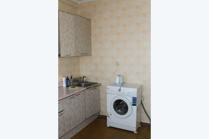 1-комн. квартира, 37 кв.м. на 4 человека, Магистральная улица, 47, Омск - Фотография 13