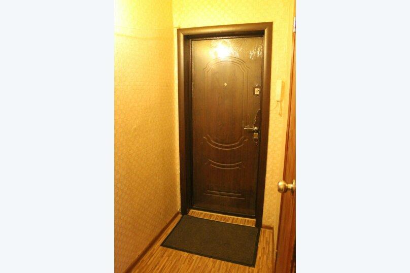 1-комн. квартира, 31 кв.м. на 4 человека, улица Энтузиастов, 23, Омск - Фотография 11
