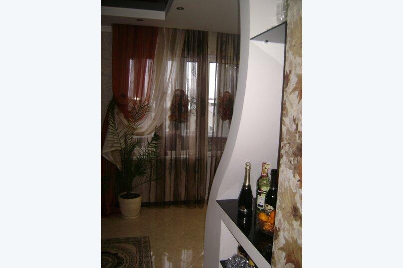 3-комн. квартира, 95 кв.м. на 8 человек, Симферопольское шоссе , 1А, Анапа - Фотография 2