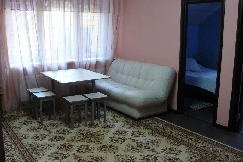 Апартаменты 70 квадратных метров, 70 кв.м. на 2 человека, 2 спальни, д. Новоглаголево Радиальная 2-я, 15, Апрелевка - Фотография 3